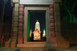 Wat-Mahathat-Worawihan-Ratchaburi-Thailand-005.jpg