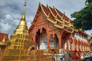 Wat-Mahawan-Woramahawihan-Lamphun-Thailand-03.jpg