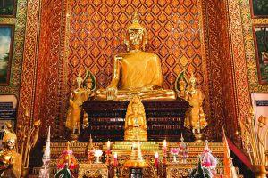 Wat-Mahawan-Woramahawihan-Lamphun-Thailand-07.jpg