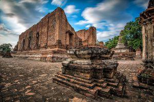 Wat-Maheyong-Ayutthaya-Thailand-04.jpg
