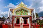 Wat-Makham-San-Chao-Temple-Pathumthani-Thailand-02.jpg
