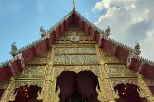 Wat-Mung-Muang-Chiang-Rai-Thailand-03.jpg