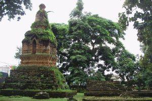 Wat-Mung-Muang-Chiang-Rai-Thailand-05.jpg