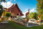 Wat-Nam-Hu-Mae-Hong-Son-Thailand-01.jpg