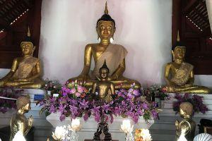 Wat-Nam-Hu-Mae-Hong-Son-Thailand-03.jpg