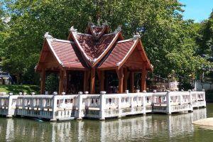Wat-Nam-Hu-Mae-Hong-Son-Thailand-07.jpg