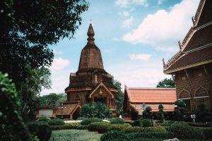 Wat-Neramit-Wipatsana-Loei-Thailand-03.jpg