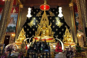 Wat-Neramit-Wipatsana-Loei-Thailand-06.jpg