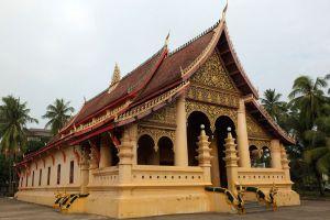 Wat-Ong-Teu-Mahawihan-Vientiane-Laos-002.jpg