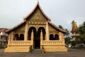 Wat-Ong-Teu-Mahawihan-Vientiane-Laos-003.jpg