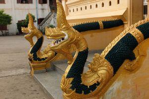Wat-Ong-Teu-Mahawihan-Vientiane-Laos-005.jpg