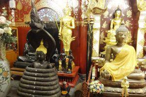 Wat-Pa-Dara-Pirom-Chiang-Mai-Thailand-005.jpg