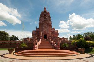 Wat-Pa-Khao-Noi-Buriram-Thailand-002.jpg