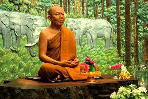 Wat-Pa-Khao-Noi-Buriram-Thailand-006.jpg
