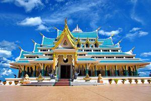Wat-Pa-Phu-Kon-Udonthani-Thailand-001.jpg