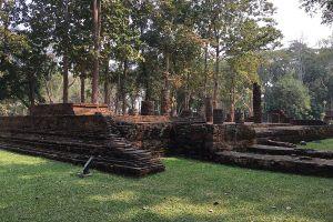 Wat-Pa-Sak-Chiang-Rai-Thailand-06.jpg