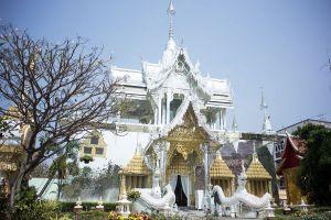 Wat-Pa-Sang-Ngam-Lamphun-Thailand-01.jpg