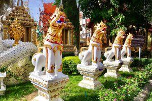 Wat-Pa-Sang-Ngam-Lamphun-Thailand-09.jpg