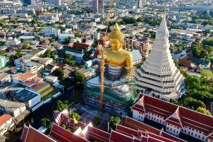 Wat-Paknam-Phasi-Charoen-Bangkok-Thailand-03.jpg