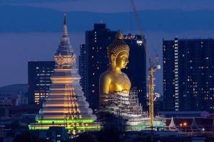 Wat-Paknam-Phasi-Charoen-Bangkok-Thailand-06.jpg
