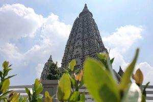 Wat-Panyanantaram-Pathumthani-Thailand-06.jpg
