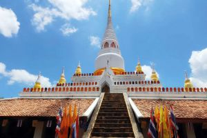 Wat-Pha-Kho-Songkhla-Thailand-02.jpg