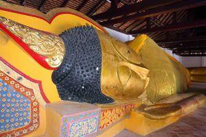 Wat-Pha-Kho-Songkhla-Thailand-03.jpg
