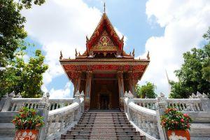 Wat-Pha-Kho-Songkhla-Thailand-04.jpg