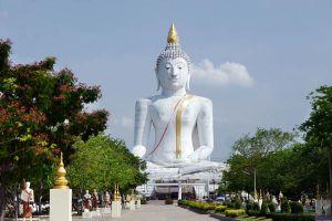 Wat-Phai-Rong-Wua-Suphan-Buri-Thailand-05.jpg