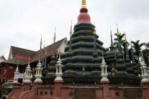 Wat-Phan-Tao-Chiang-Mai-Thailand-003.jpg