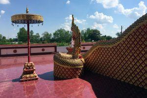 Wat-Phiphat-Mongkhon-Sukhothai-Thailand-06.jpg