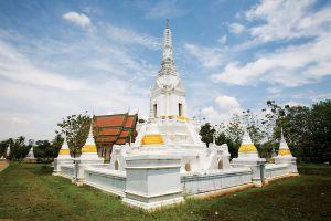 Wat-Phlap-Chanthaburi-Thailand-01.jpg