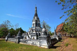 Wat-Phlap-Chanthaburi-Thailand-02.jpg