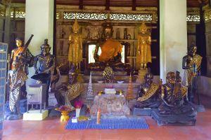 Wat-Phlap-Chanthaburi-Thailand-06.jpg