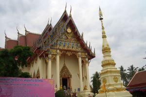 Wat-Pho-Chai-Nongkhai-Thailand-003.jpg