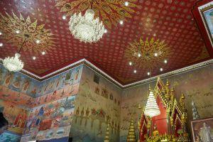 Wat-Pho-Chai-Nongkhai-Thailand-006.jpg
