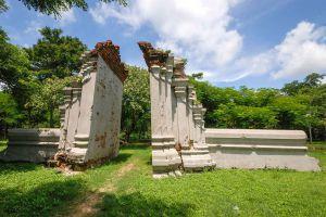 Wat-Pho-Prathap-Chang-Phichit-Thailand-06.jpg