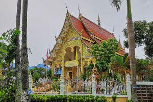 Wat-Photharam-Bueng-Kan-Thailand-03.jpg