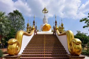 Wat-Phothisat-Banphot-Nimit-Kanchanaburi-Thailand-01.jpg