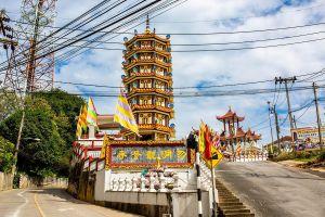 Wat-Phothisatto-Chaomae-Kuan-Im-Betong-Yala-Thailand-03.jpg