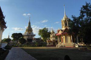 Wat-Phothisomphon-Udonthani-Thailand-02.jpg