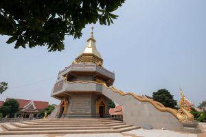 Wat-Phothisomphon-Udonthani-Thailand-03.jpg