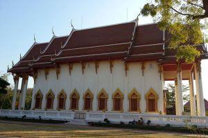 Wat-Phothisomphon-Udonthani-Thailand-05.jpg