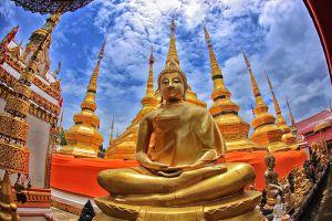 Wat-Phra-Boromthat-Tak-Thailand-006.jpg