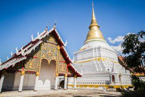 Wat-Phra-Kaeo-Don-Tao-Lampang-Thailand-004.jpg