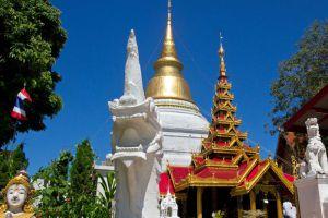 Wat-Phra-Kaeo-Don-Tao-Lampang-Thailand-005.jpg