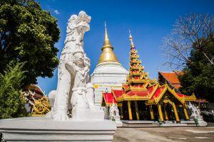 Wat-Phra-Kaeo-Don-Tao-Lampang-Thailand-006.jpg