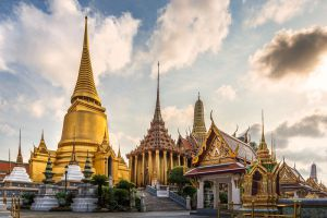 Wat-Phra-Kaew-Bangkok-Thailand-004.jpg