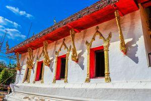 Wat-Phra-Lao-Thep-Nimit-Amnat-Charoen-Thailand-04.jpg