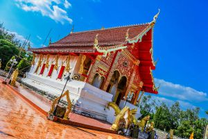 Wat-Phra-Lao-Thep-Nimit-Amnat-Charoen-Thailand-05.jpg